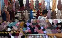 Penjualan Jilbab saat Ramadhan di Tanah Abang