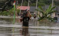 Sungai Sail Meluap, Warga Pekanbaru Terendam Banjir