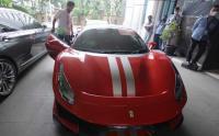 Investasi Ilegal E-Dinar Coin, Polisi Sita Mobil Mewah Ferarri dan McLaren