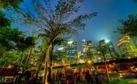 Menikmati Suasana Berbuka Puasa di Tengah Hutan Kota Jakarta