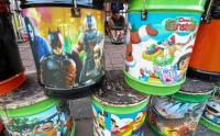 Menarik Pembeli, Pengrajin Bedug Buat Motif Kartun Anak-Anak