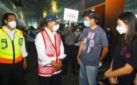 Menhub Budi Karya Tinjau Penumpang di Bandara Soekarno Hatta