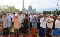 Tiga Jamaah yang Ada di Indonesia Laksanakan Sholat Idul Fitri Lebih Awal