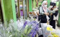 H-1 Jelang Lebaran, Pasar Bunga Rawa Belong Sepi Pengunjung