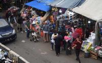 Pasar Gembrong Diserbu Anak-Anak