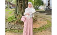 Larissa Chou Resmi Menjanda dan Akan Tinggal di Bandung