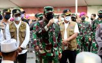 Tinjau Vaksinasi di Bangkalan Madura, Panglima TNI Tegaskan Warga untuk Tetap Disiplin Prokes
