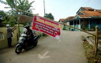 Warga Desa Balamoa Tegal Lakukan Karantina Wilayah Guna Menekan Penyebaran Covid-19
