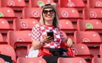 Cantiknya Fans Timnas Kroasia Bikin Ogah Ninggalin Stadion