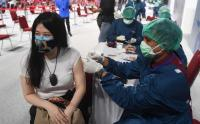 Vaksinasi Massal Karyawan Bank Pemerintah dan Swasta