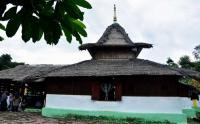 Masjid Tertua di Maluku Bisa Berpindah Sendiri