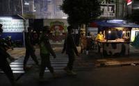 Satpol PP Bubarkan Aktivitas PKL dan Restoran Jalan Sabang