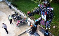 Unik, Satlantas Kendari Bikin Robot dari Knalpot Hasil Razia