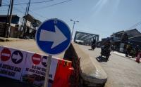 Jembatan Sungai Citarum Retak, Arus Lalu Lintas Dialihkan