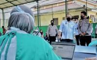 LaNyalla Mattalitti Tinjau Pelaksanaan Vaksinasi di Polres Malang