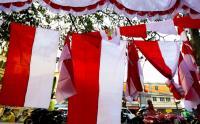 Penjualan Bendera Merah Putih Lesu Imbas PPKM Darurat