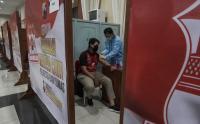 Mahasiswa Perguruan Tinggi di Banyumas Jalani Vaksinasi Covid-19