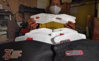Kreatif, Konveksi Ini Bikin Masker Berlogo HUT Kemerdekaan RI