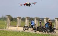 Canggih, Drone Ini Bisa Bantu Meringankan Pekerjaan Petani