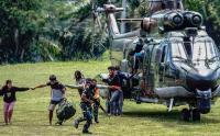 Suasana Tegang saat Evakuasi Korban Penyerangan KKB di Pegunungan Bintang Jayapura, Papua