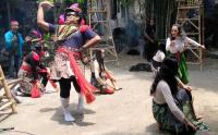 Pentas Seni Borobudur Disruption Angkat Pahlawan Lokal