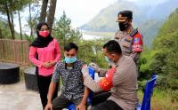 Vaksinasi Covid-19 di Lokasi Wisata Aceh Tengah