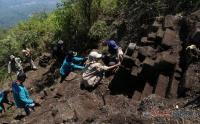 Tim Ekspedisi Temukan Dua Situs Purbakala di Pegunungan Trawas Jatim