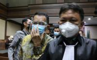 Eks Pejabat Ditjen Pajak Angin Prayitno Aji Jalani Sidang Dakwaan