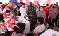 Vaksinasi Massal di Kawasan Padat Penduduk Tanah Sereal Tambora