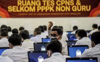 Ribuan CPNS di Bandung Ikuti Tes Seleksi