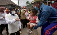 Mensos Tinjau Lokasi Terdampak Gempa di Bangli Bali