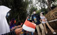 Kunjungi Desa Wisata Saung Ciburial, Menparekraf Sandiaga Uno Disambut Shalawatan Nabi