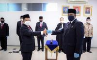 Mendagri Tito Lantik Deputi BNPP Komjen Paulus Waterpauw