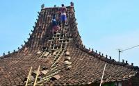 Dampak Angin Puting Beliung di Kudus Jawa Tengah