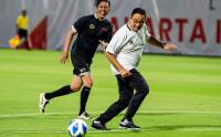 Anies Baswedan Jajal Lapangan Latih di Jakarta International Stadium Tanjung Priok