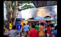 Ratusan Kios di Pasar Cempaka Putih Hangus Terbakar