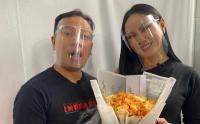 Mantan Istri Deddy Corbuzier Terima Cinta Vicky Prasetyo