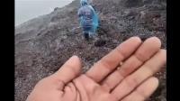 Badai dan Hujan Es Melanda Puncak Gunung Slamet