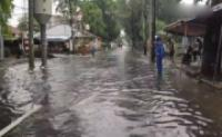 Banjir setinggi 40 Cm di Pisangan Timur, Pulo Gadung