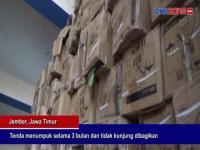 Ribuan Tenda Bantuan untuk Pedagang Kaki Lima Menumpuk
