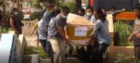 Haru Pemakaman Korban Penembakan Oknum Polisi