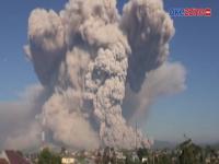 Gunung Sinabung Erupsi, Guguran Awan Panas Sejauh 5.000 Meter