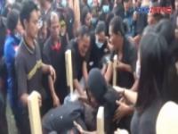 Suasana Penuh Haru dan Tangisan di Pemakaman Guru SD Korban Penembakan KKB Papua