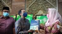 Datangi Kantor PBNU, Nadiem Makarim Bahas Kamus Sejarah Indonesia Jilid I