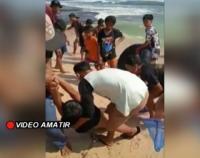 3 Wisatawan Terseret Ombak di Pantai Santolo