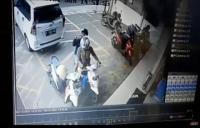 Pencuri Gasak Tas Barang Belanjaan di Minimarket Depok