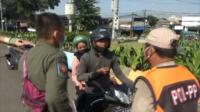 Razia Tertib Masker, Pengendara Motor Adu Mulut dengan Petugas