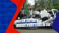 Hantam Trotoar, Minibus Nyaris Terbelah Dua
