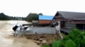 Luwu Utara Banjir, Trans Sulawesi Lumpuh
