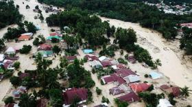 Banjir Bandang Terjang Masamba, Warga Panik Berhamburan